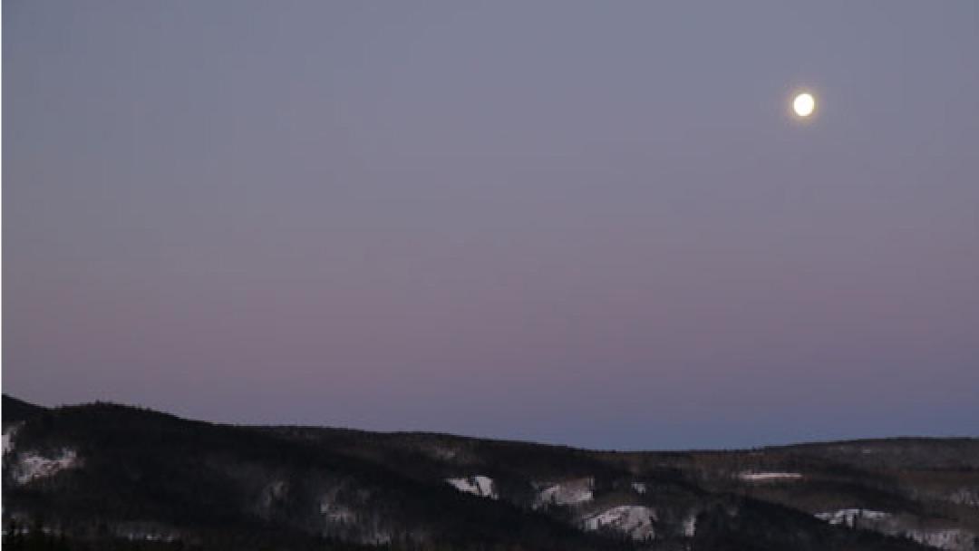 Ski-Haus-Steamboat-Springs-Colorado-Spring-Daylight-Savings02