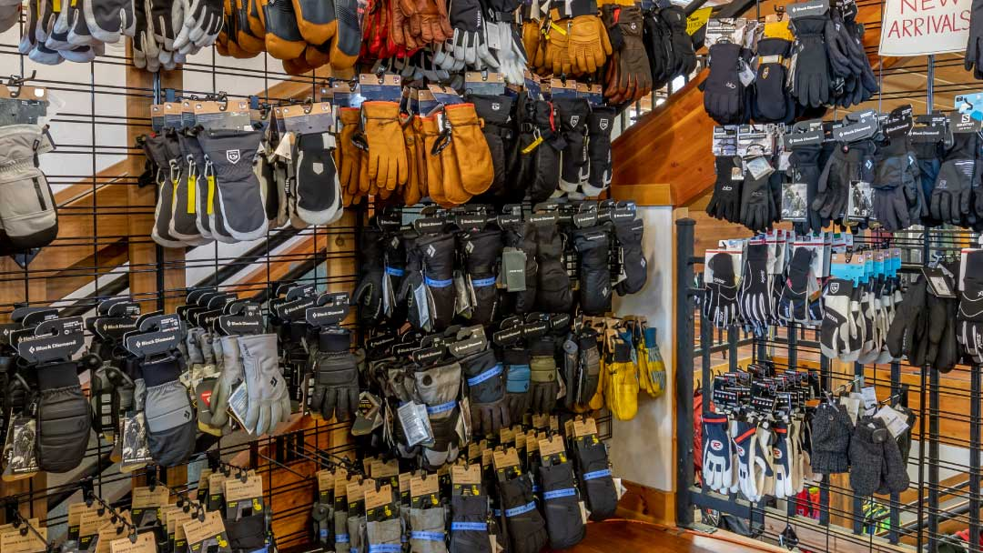 Ski-Haus-gloves-01