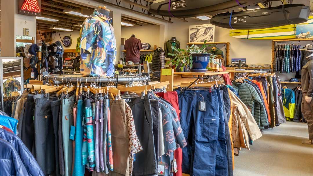 Ski-Haus-mens-mountain-fashion