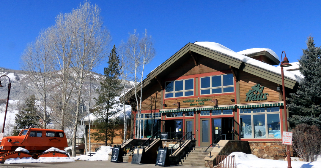 a beautiful blue sky over the ski haus in steamboat colorado